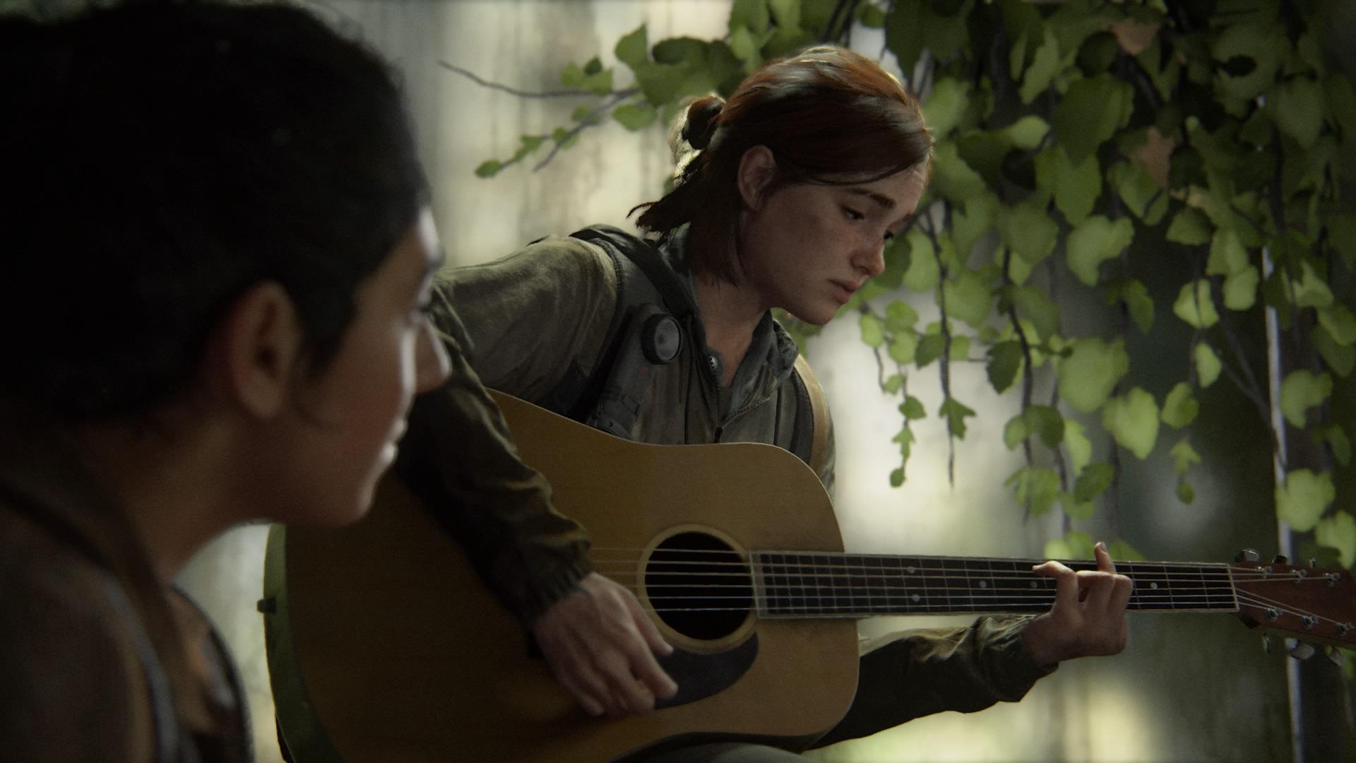 ギターを弾くエリー